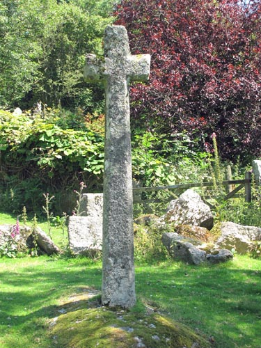 Sampford Spiney Cross